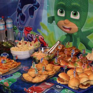 Μπουφέ για παιδικό πάρτυ